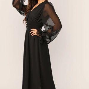Dresses - NEW🌟 CHIFFON DRESS💕